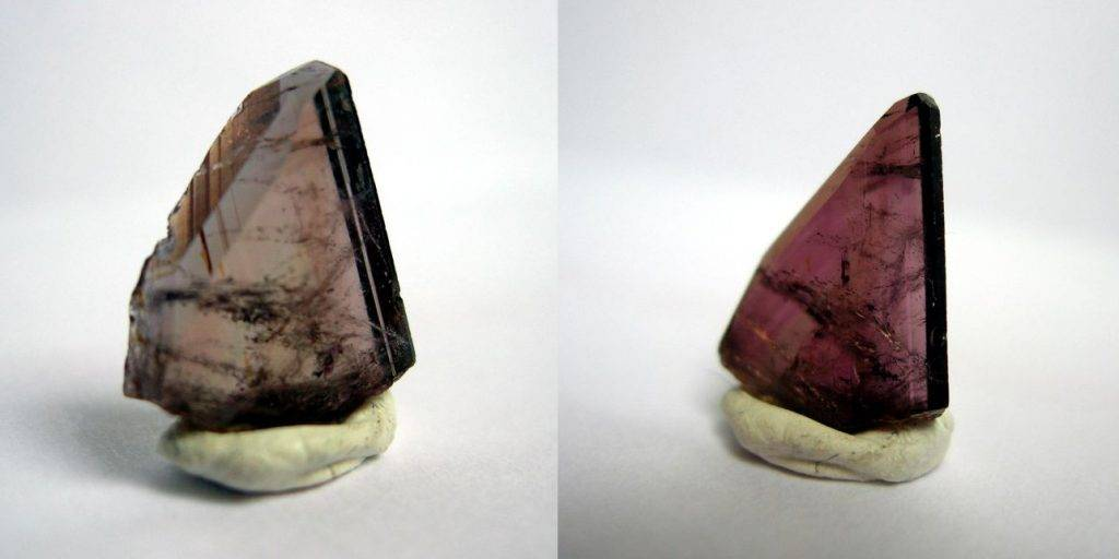 Exemple en image du pléochroïsme du marron au violet d'une axinite de l'Oisans.