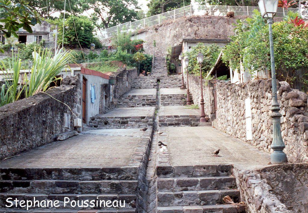 Les ruines de Saint Pierre à la Martinique (Eruption de 1902 de la Montagne Pelée)