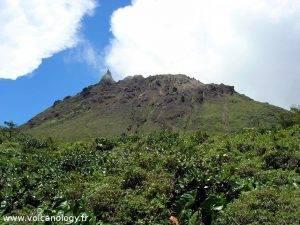 le dôme de la soufrière de Guadeloupe