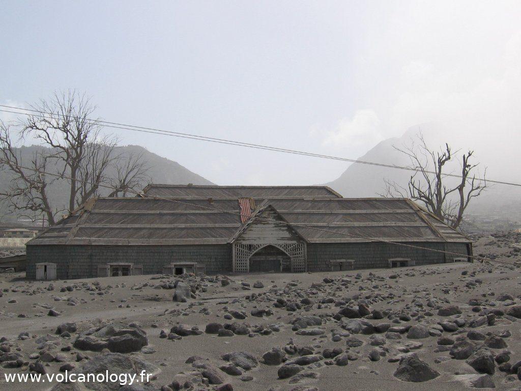 Destruction de Plymouth par la Soufrière Hills de Montserrat (Antilles anglaises)