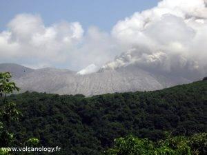 Le dôme de Soufrière Hills de Montserrat