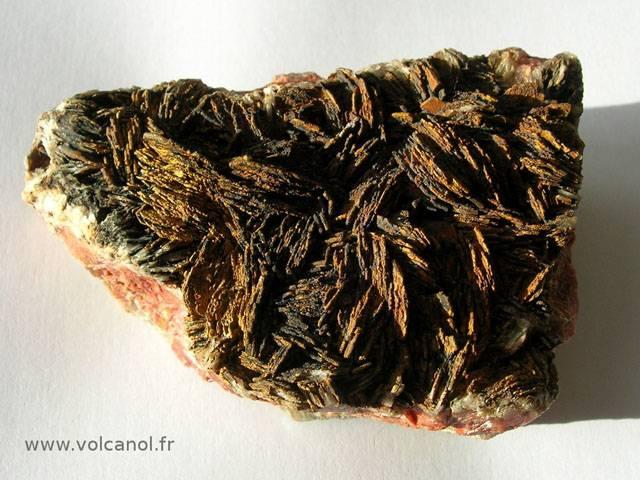 Barytine crétée de Voltennes dans le Morvan (France)